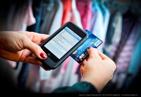 chatbots, chatbot, movil, comprar con el móvil, comprar con whatsapp, comprar a través de Facebook, Facebook, venta de ropa online, ecommerce de moda, correyvuela
