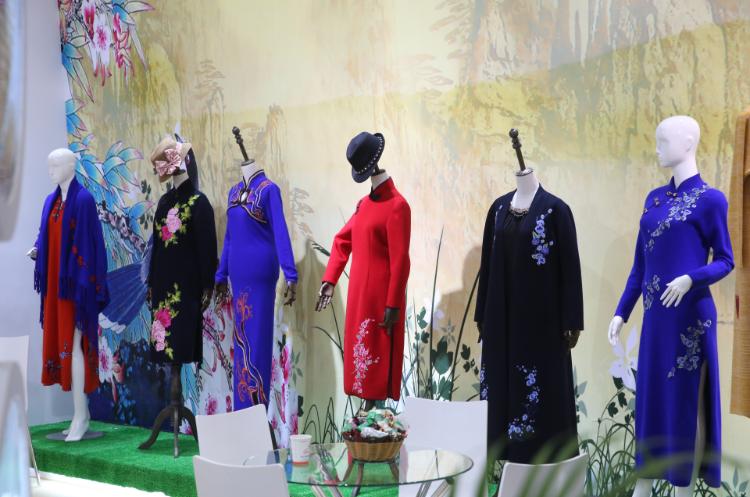 CHIC, Chic, Chic Shanghai, NECC, Daniel Hechter, salones de moda, salones de moda en China, mercado de la moda en China, confección en China
