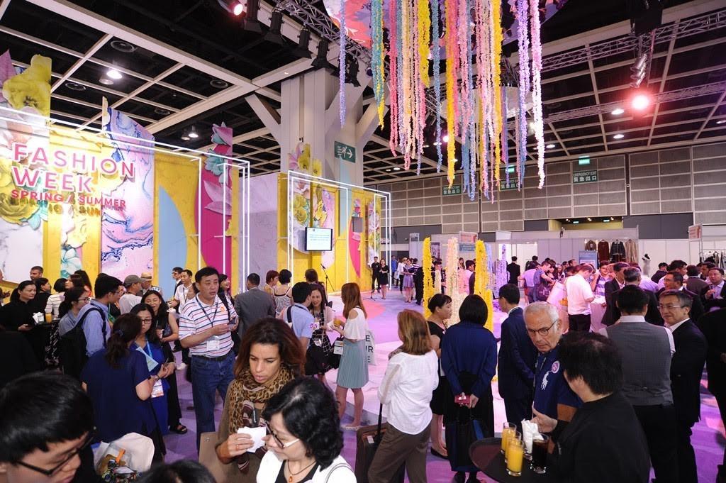 Hong Kong Fashion Week, Morgan Stanley, salones de moda en China, mercado de la moda, la moda en China, athleisure, Fashion Snoops, salones de sourcing de moda