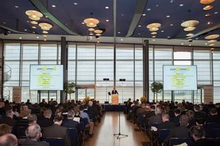 Conferencia Textil Internacional, Stuttgart, Aquisgrán, Dresde, Denkendorf