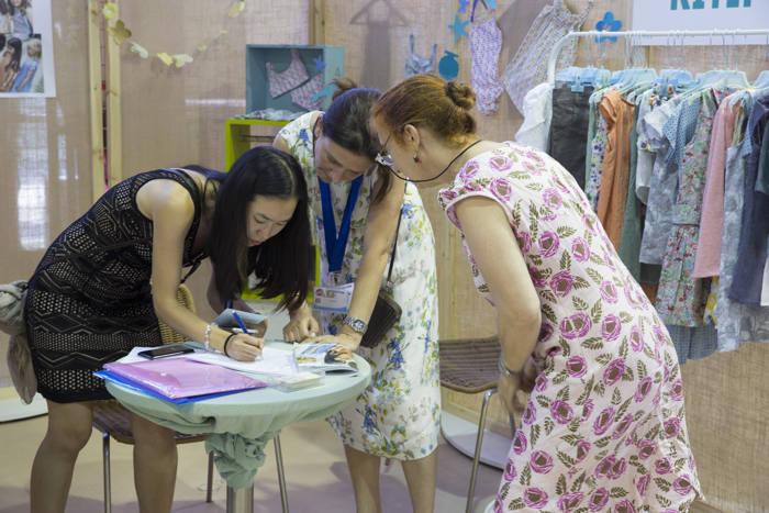 See Me, Fimi, moda infantil española, moda ecológica española, moda de vanguardia para niños, moda moderna para niños, feria de moda infantil, Feria de Valencia