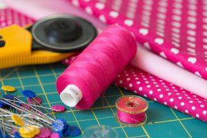 Forecasts of regional and global end use demand for textile fibres, fibras sintéticas, algodón, Textiles Intelligence, productos textiles,