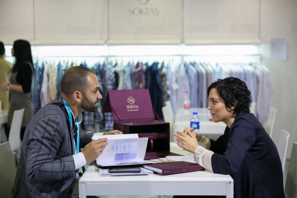Intertextile Shanghai Apparel Fabrics, Shanghai, salones de tejidos, textiles en China, Orta Anadolu, US Denim Mills, Kipas Denim, Invista