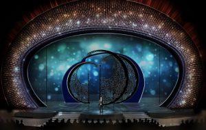escenografía, decoración escenario, Óscar flotantes, Museo Kristallwelten, Derek McLane, Tony y Emmy production Award, Swarovski, Los Óscar, Nadja Swarovski, cristal, cristal Swarovski,