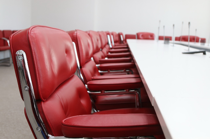 Convenio textil/confección, Fedecón, Consejo Intertextil, convocatoria de hbuelga en textil/confección, CC.OO., UGT
