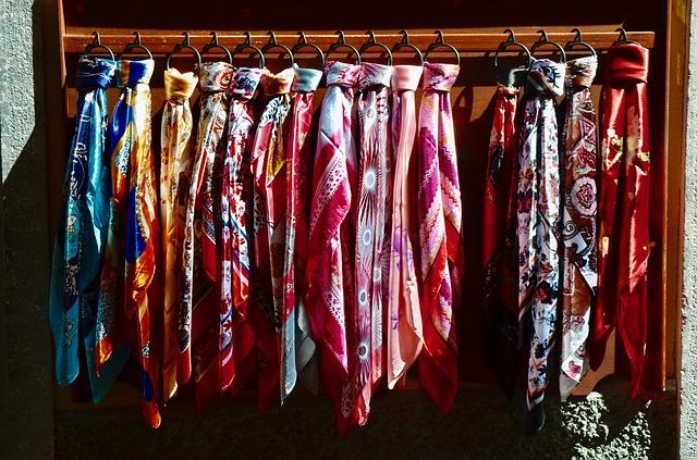 seda, Maria Lafuente, tejidos de seda, seda tailandesa, Fiesta de la Seda, Thai Silk Road to the World, Fundación de Asistencia Turística de Tailandia,