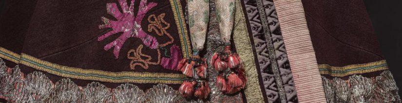 Mariano Fortuny, Cristóbal Balenciaga, Manuel Pertegaz, Jesús del Pozo, Paco Rabanne, Sybilla, Ana Locking , Palomo Spain, Sala Canal de Isabel II, Modus. A la manera de España, exposición,