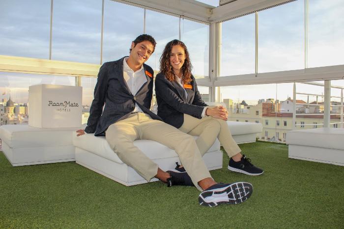 Room Mate Ecolutio, ecosostenibilidad, Room Mate, Ecoalf, botellas de plástico, sostenibilidad, uniformes 100% reciclados,
