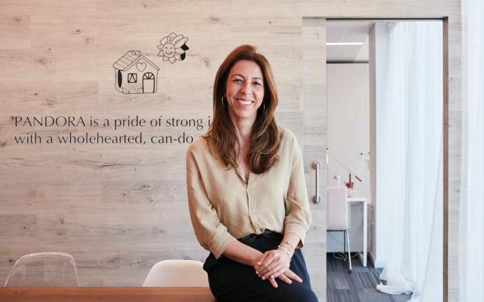 Sonia Delgado López , Pandora, joyería, bisutería, directora general