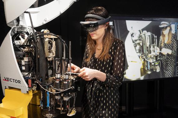 Proyecto Digtex, realidad aumentada, cortadora, industria de la moda, Laboratorio de Innovación,  Innovation Labde Lectra, Lectra,