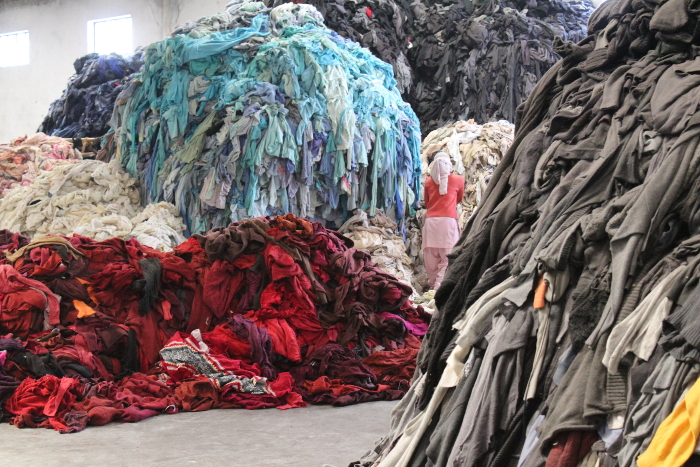 sostenibilidad, industria textil, consumismo, compra compulsiva, cifras industria textil, cifras industria moda,Ecoalf , Recycling Black Friday, Recycling, Black Friday