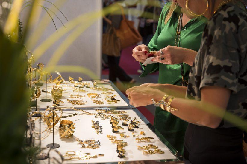 Bijorhca, salones de joyería y relojería, Puerta de Versalles