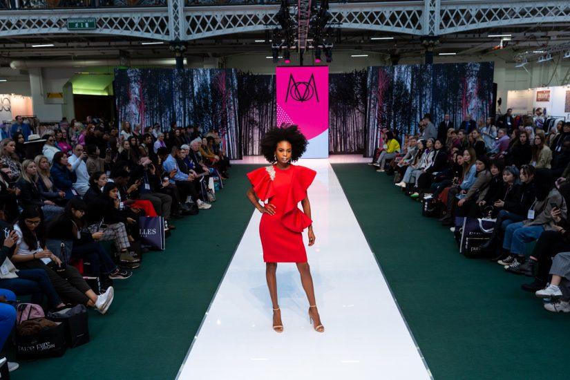 Pure London, Pure Origin, Pure Conscious, Festival of Fashion, Zandra Rhodes, salones de moda, Unique Style Platform, Conscious Fashion, Moxtra