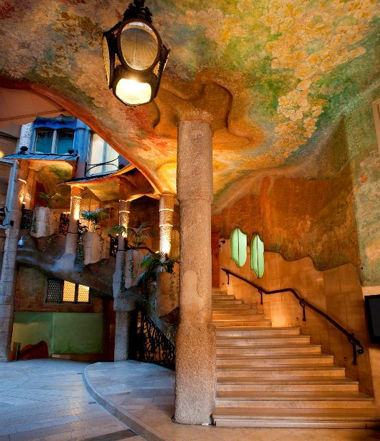 080 BCN Fashion, 080, 080 Barcelona Fashion, pasarela barcerlona, inscripción 080, participar 080 barcelona, desfilar en la 080, la pedrera, casa milà